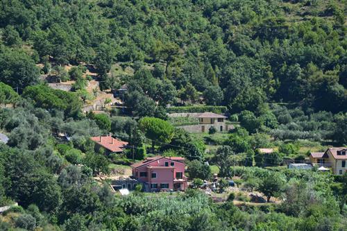 Progetto approvato per villa con giardino vista mare