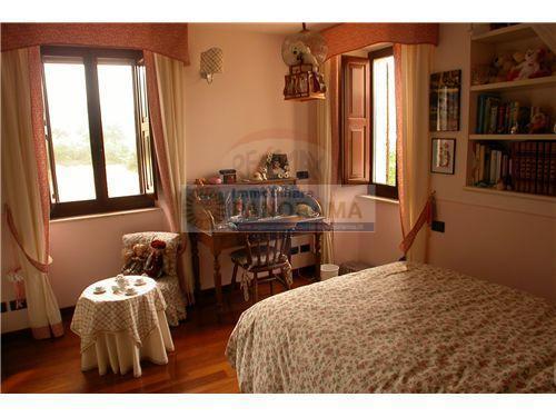 Rif. LC1562/A Villa in vendita ad Ascoli Piceno Valle Cupa