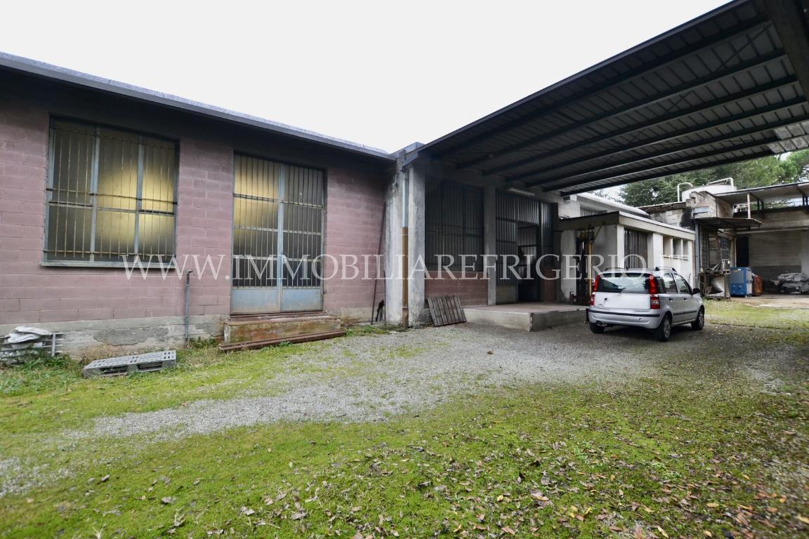 Vendita immobile commerciale Cisano Bergamasco superficie 600m2