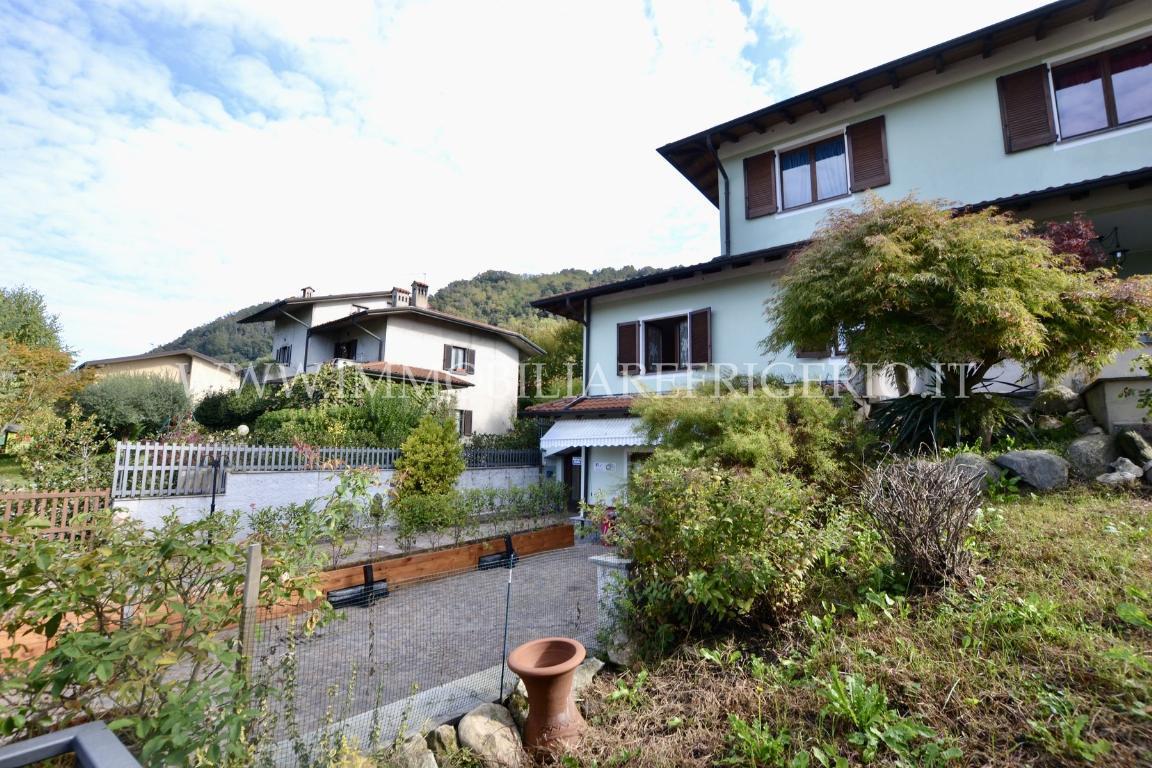 Vendita complesso misto Villa d'Adda superficie 569m2