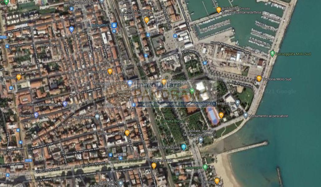 Rif. ACV174 Vendesi Casa cielo-terra a San Benedetto del Tronto