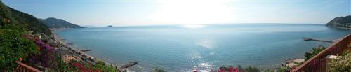 Alloggio vista golfo con terrazzo di 70 mq !