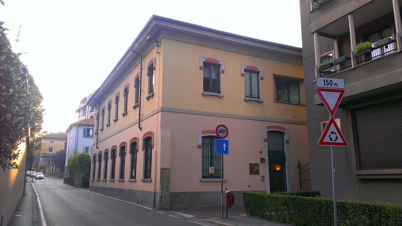 Ufficio / Studio in affitto a Monza, 3 locali, zona Località: Centro Storico, prezzo € 750 | CambioCasa.it