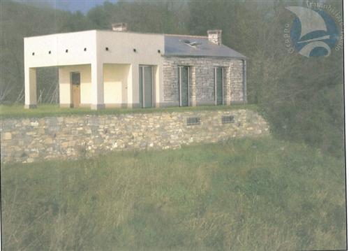 Alassio in regione Cavia proponiamo terreno edificabile di mq. 500 circa con indicice edificatorio per realizzare una casa indipendete di mq 50 circa, seminterrato di mq 50 circa, terrazzo e porticato