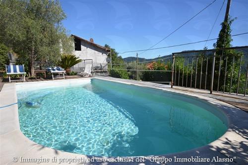 Villetta con piscina