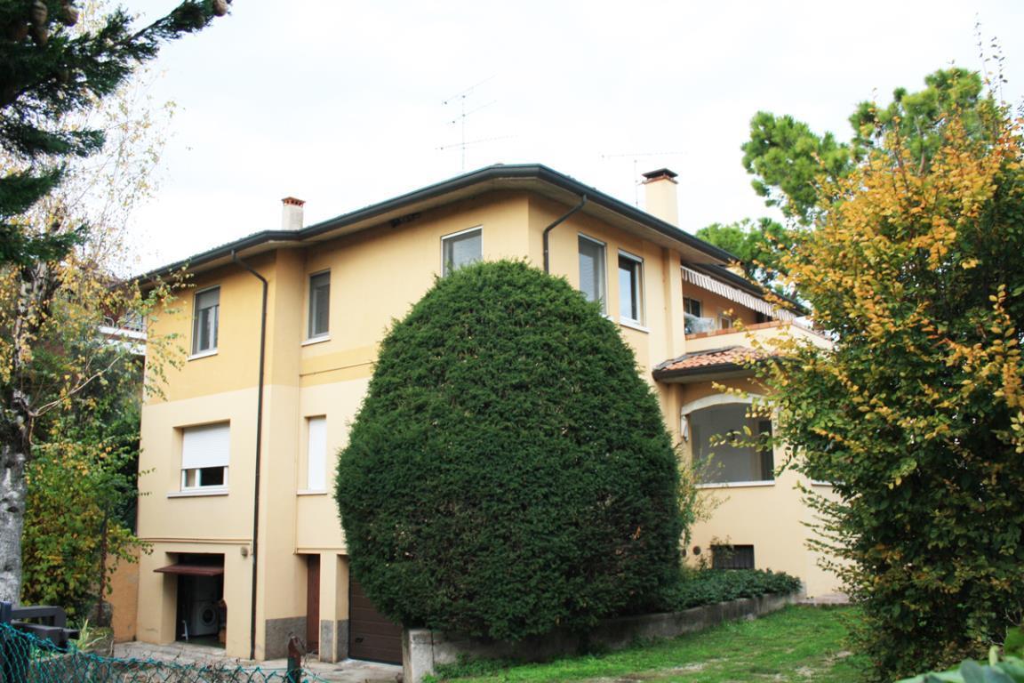Appartamento in bifamiliare a Desenzano del Garda