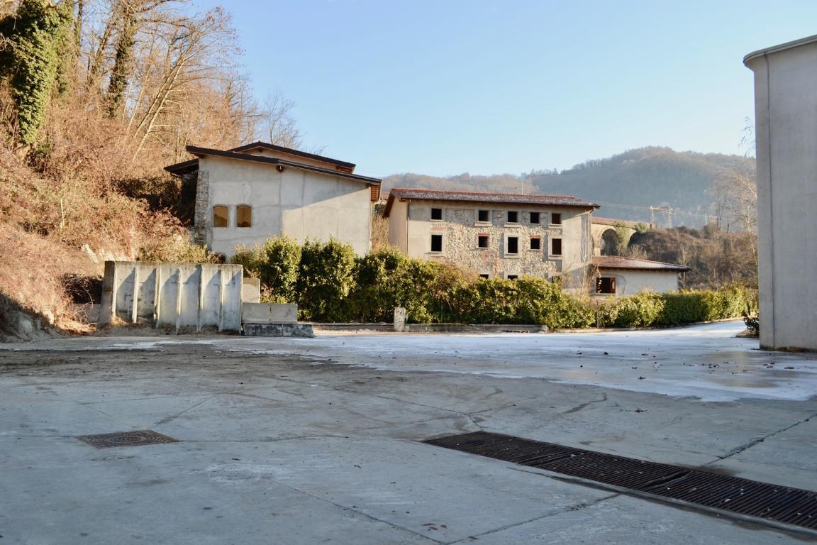 Vendita casa indipendente Cisano Bergamasco superficie 1047m2