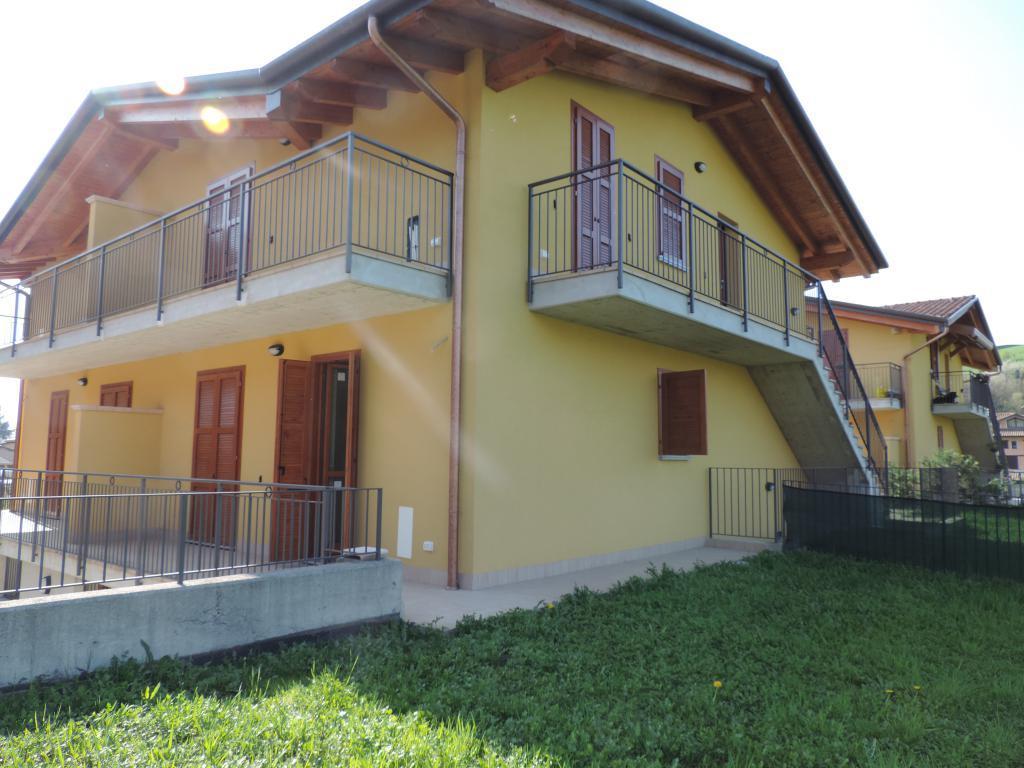 Appartamento in vendita a Palazzago, 3 locali, prezzo € 183.000 | CambioCasa.it