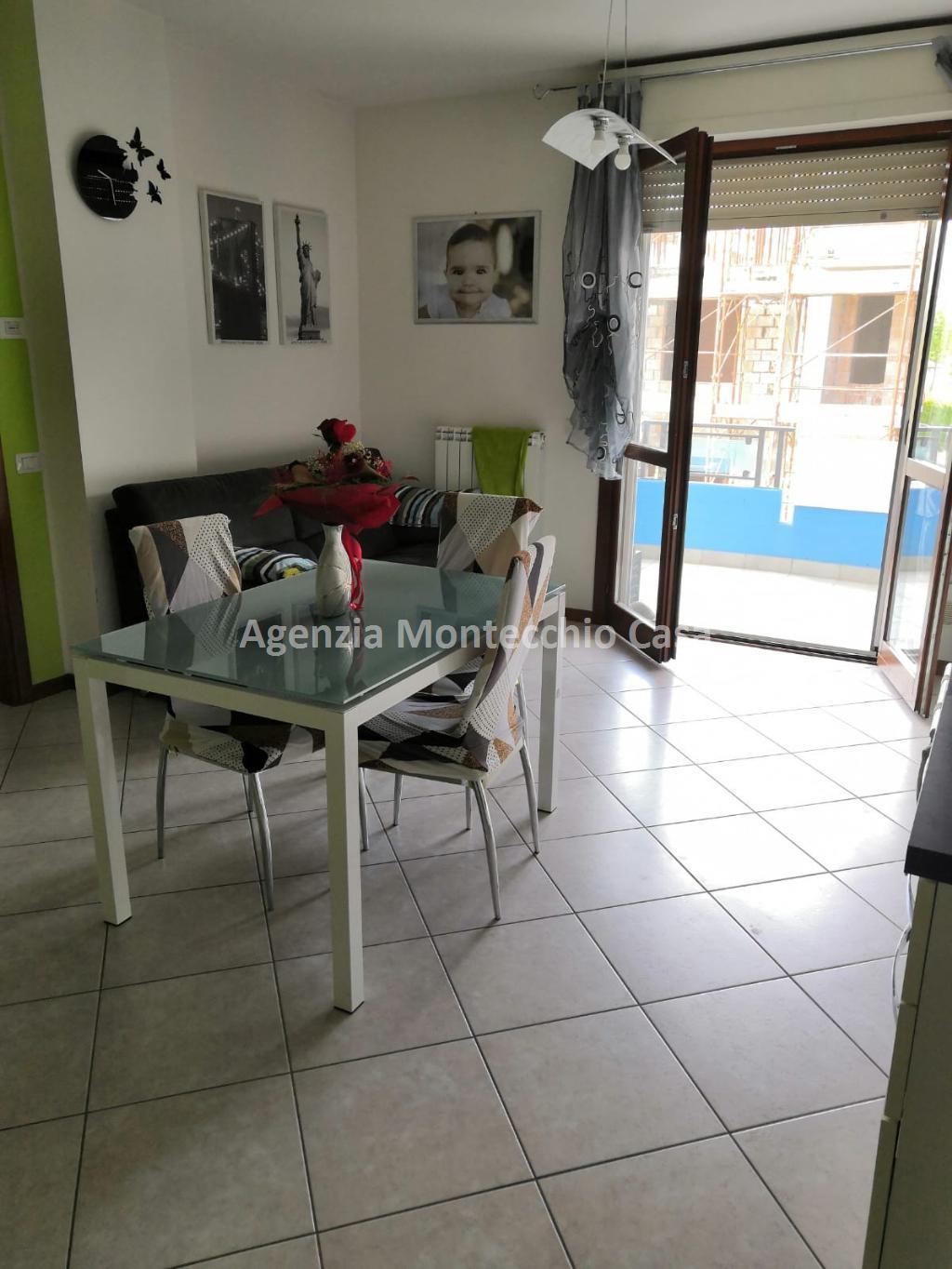 Appartamento in vendita a Tavullia, 3 locali, prezzo € 135.000   CambioCasa.it