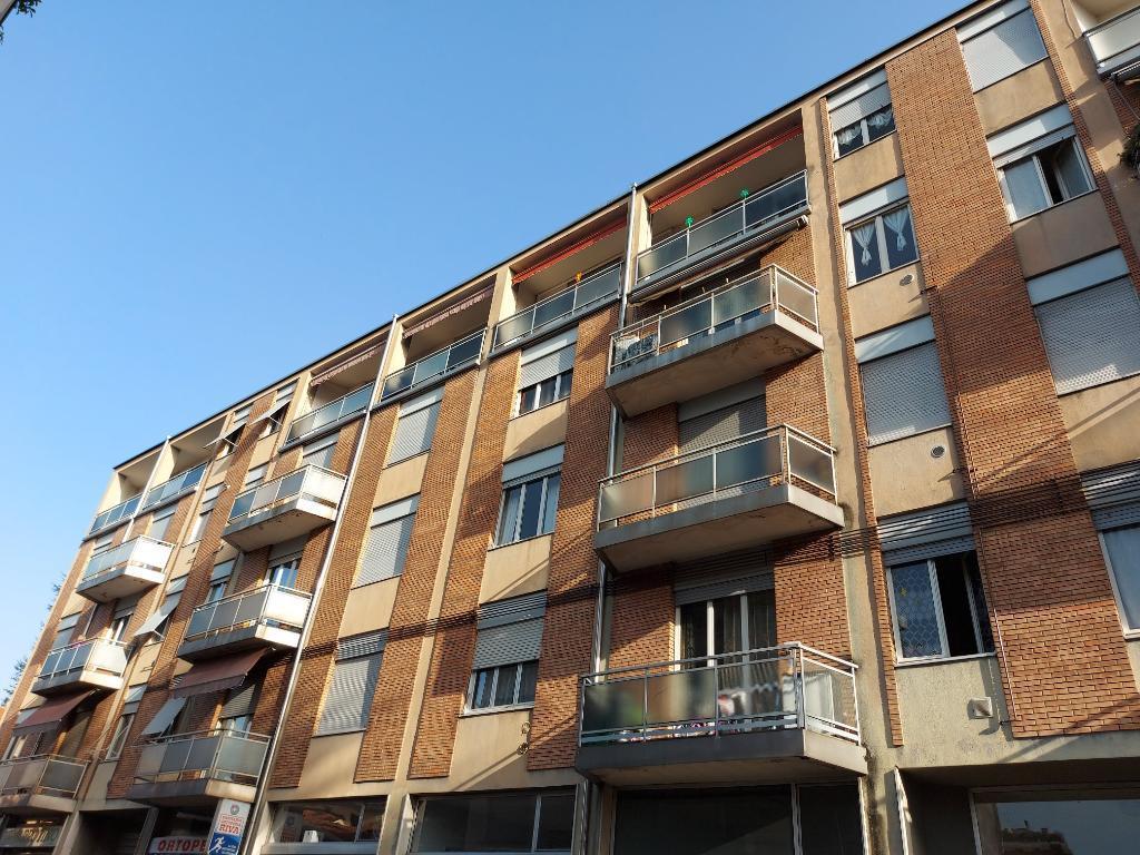 Appartamento in vendita a Meda, 3 locali, zona Località: Centro storico, prezzo € 123.500 | CambioCasa.it