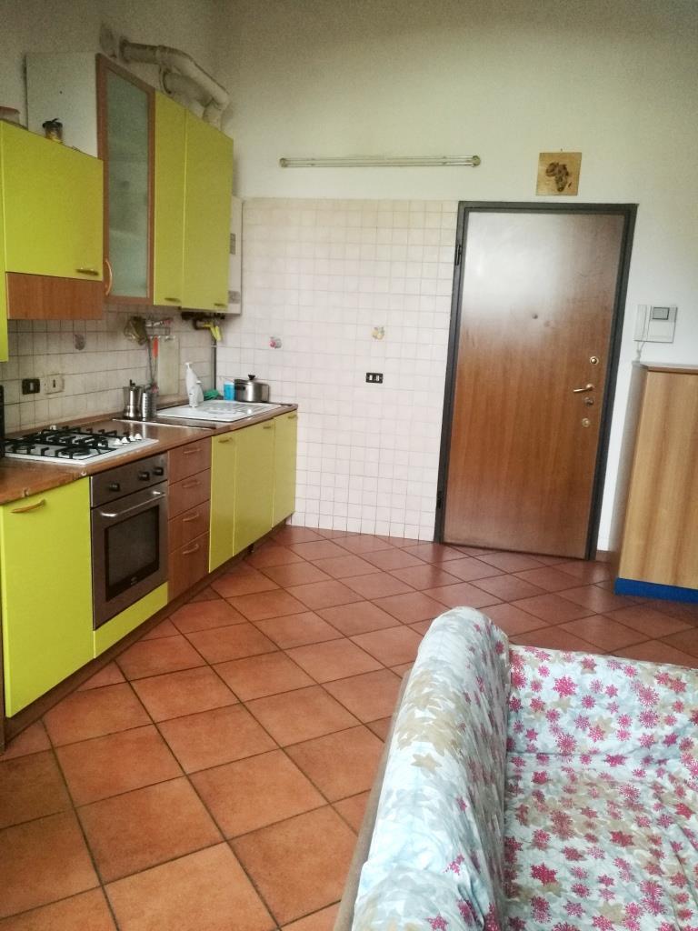 Appartamento in vendita a Trezzano Rosa, 2 locali, prezzo € 55.000 | CambioCasa.it