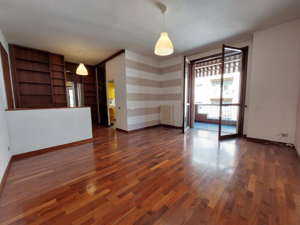 Appartamento in vendita a Monza, 3 locali, zona Località: San Biagio, prezzo € 370.000 | CambioCasa.it
