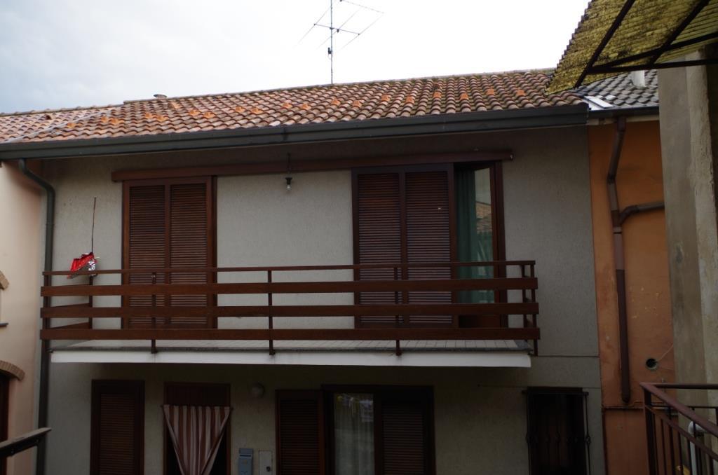 Soluzione Indipendente in vendita a Trezzano Rosa, 4 locali, prezzo € 110.000 | PortaleAgenzieImmobiliari.it