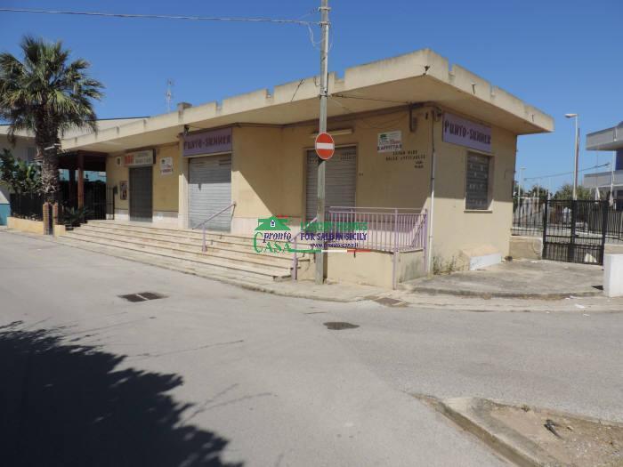 Immobile Commerciale in vendita a Santa Croce Camerina, 1 locali, zona Località: CAUCANA, prezzo € 350.000   CambioCasa.it