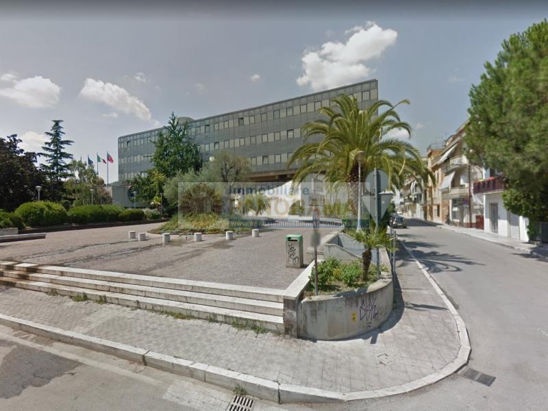 Rif. CVE12 Immobili commerciali in vendita a San Benedetto del Tronto