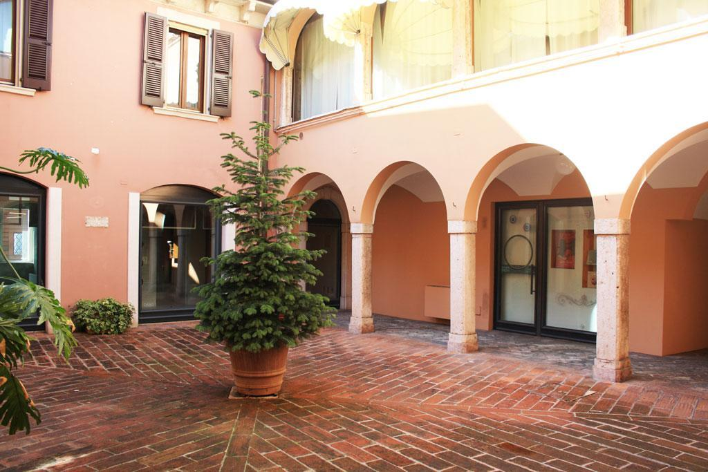 Appartamento in centro storico a Desenzano del Garda