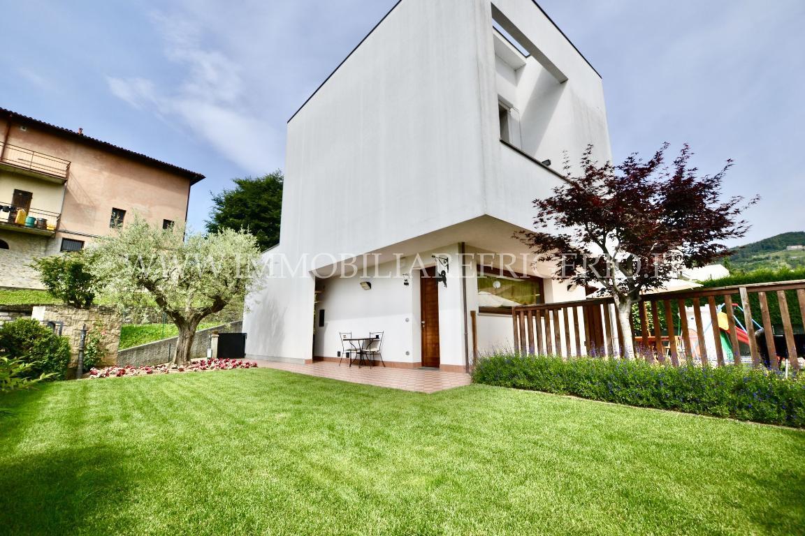 Vendita appartamento Pontida superficie 110m2