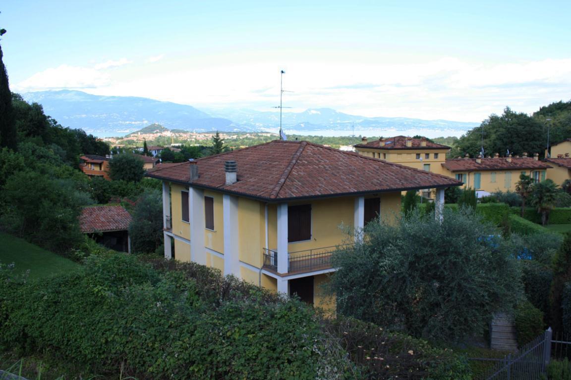 Villa singola vistalago a Soiano del Lago
