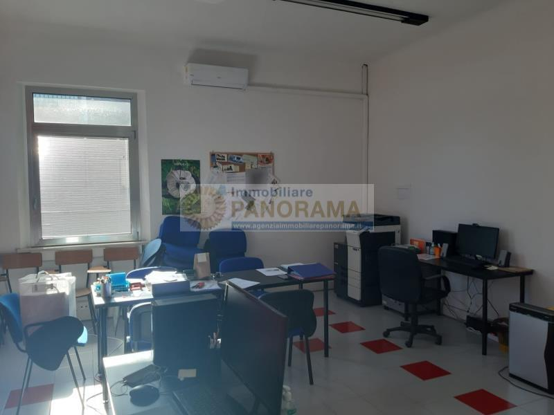 Rif. ACA145 Affittasi ufficio a San Benedetto del Tronto