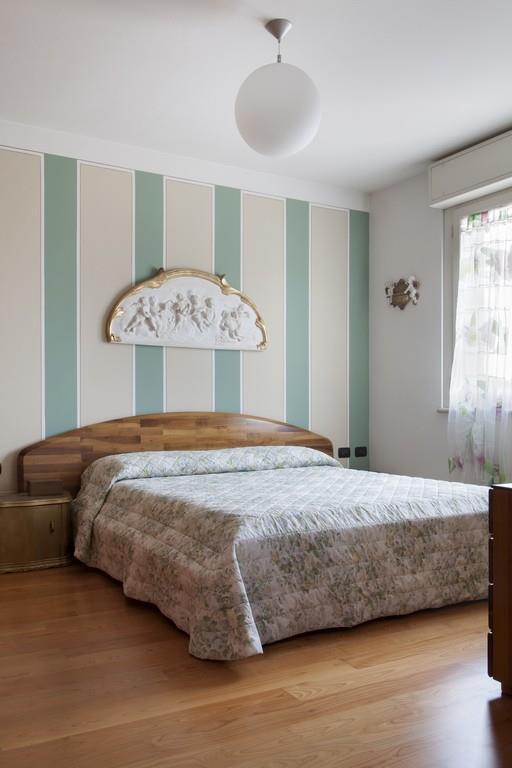 Gussago (BS) – Elegante villa singola con giardino in zona centrale - 12