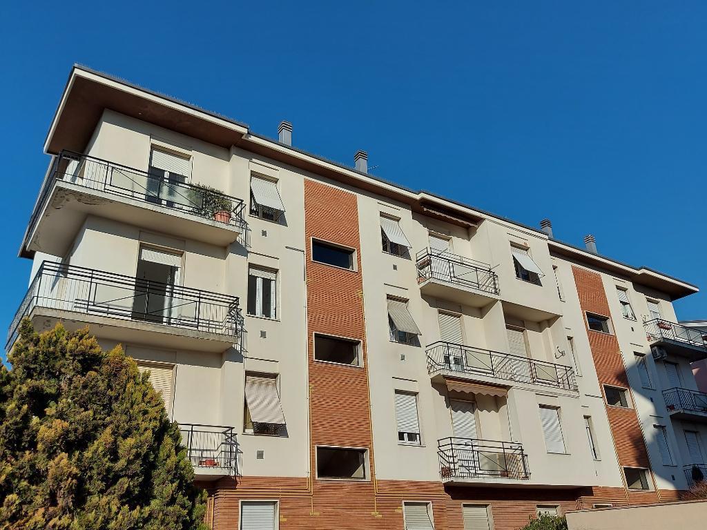 Appartamento in vendita a Mariano Comense, 2 locali, zona Località: Vicinanze centro - Parco, prezzo € 83.000 | PortaleAgenzieImmobiliari.it