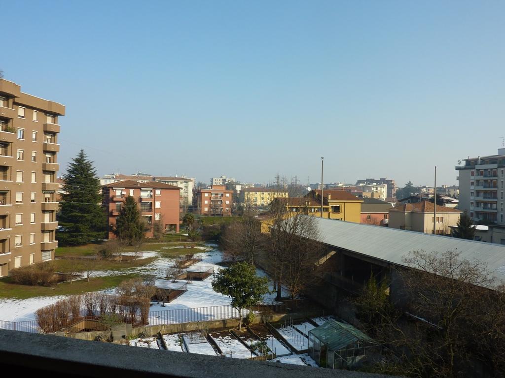 Appartamento in vendita a Monza, 1 locali, zona Località: Cederna, prezzo € 70.000 | CambioCasa.it