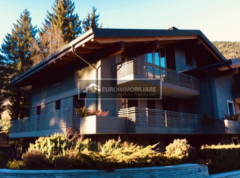 Appartamento in vendita a Ponte di Legno, 4 locali, Trattative riservate | CambioCasa.it
