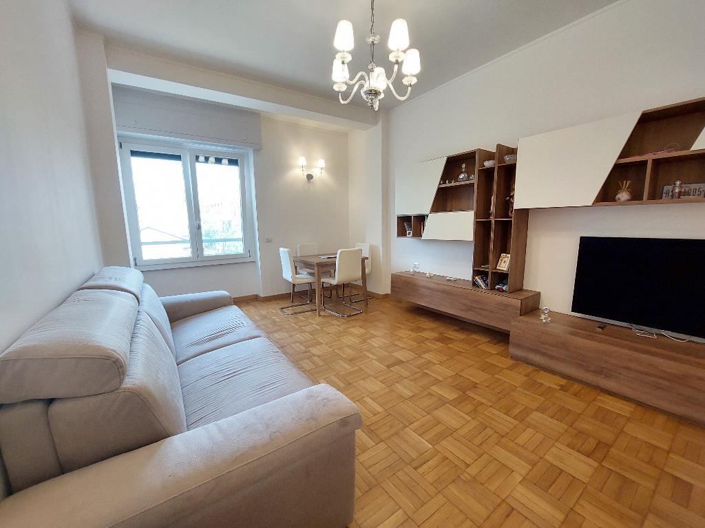 Appartamento in vendita a Monza, 3 locali, zona Località: Centro, prezzo € 270.000 | PortaleAgenzieImmobiliari.it