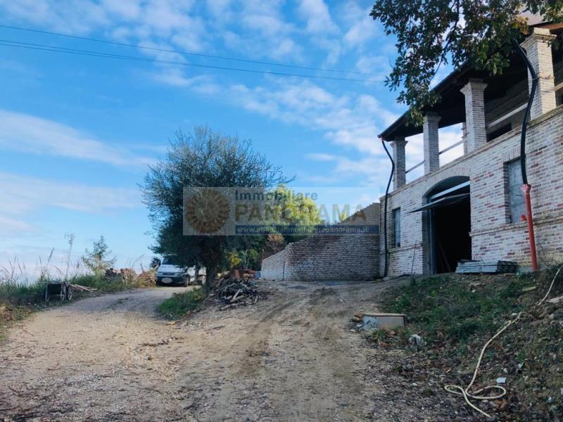 Rif. ATV157 Vendesi villa da ultimare a San Benedetto del Tronto