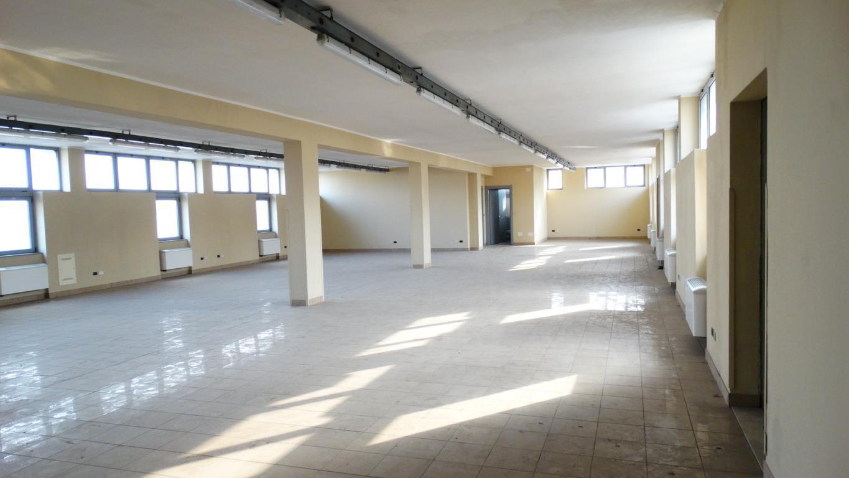 Laboratorio in affitto a Sesto San Giovanni, 9999 locali, prezzo € 1.670 | PortaleAgenzieImmobiliari.it