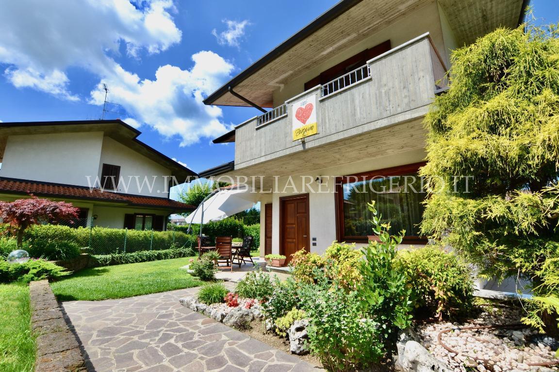 Villa Singola Vendita Cisano Bergamasco 4739