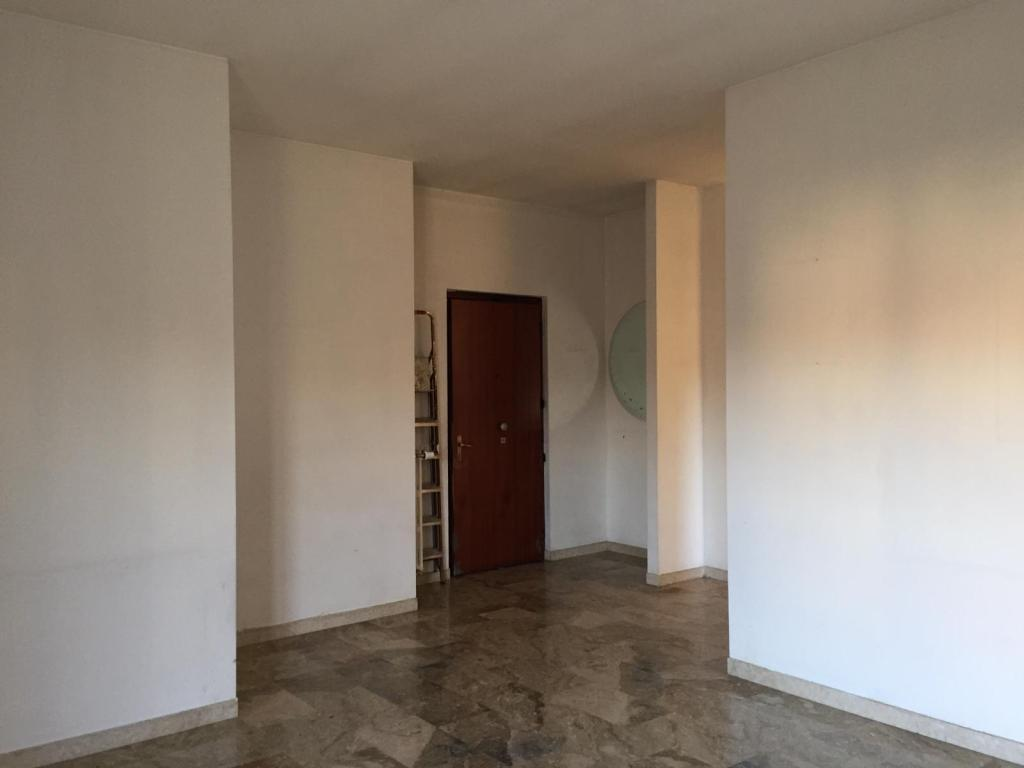 Appartamento in vendita a Trezzo sull'Adda, 3 locali, zona esa, prezzo € 98.000 | PortaleAgenzieImmobiliari.it