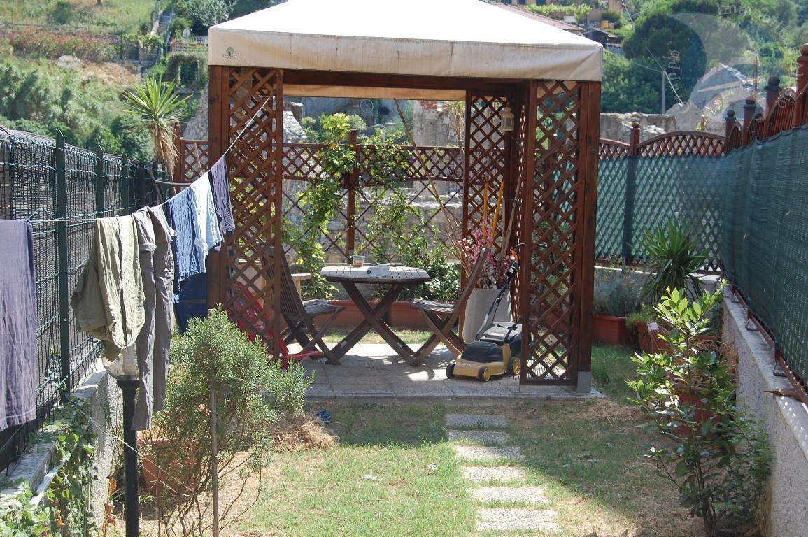 Monolocale con giardino a € 185,000