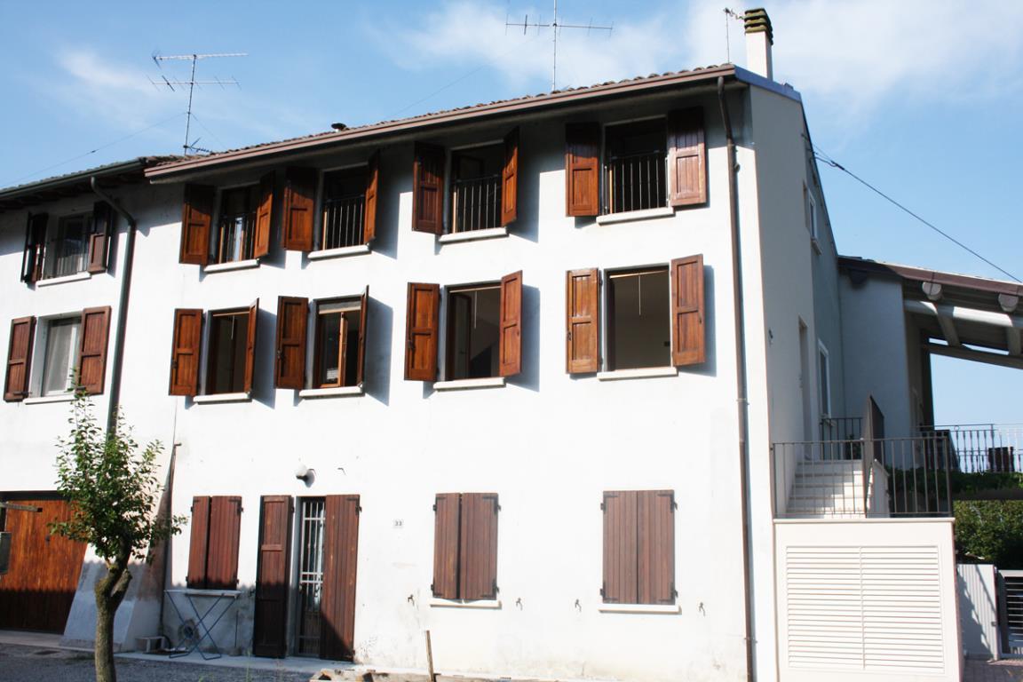 Appartamento in zona periferica a Desenzano del Garda