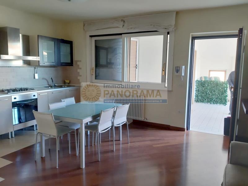 Rif. ACA153 Appartamento in affitto a San Benedetto del Tronto con garage