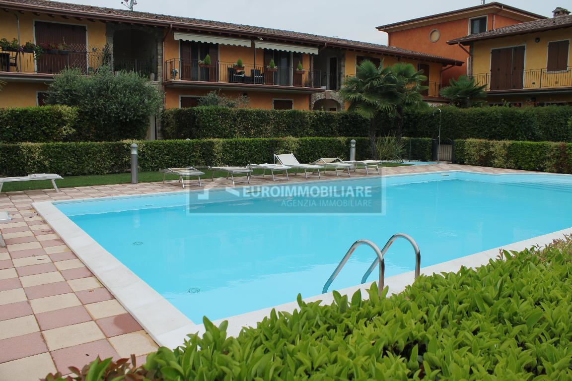 Villa Bifamiliare in vendita a Solferino, 6 locali, prezzo € 289.000 | CambioCasa.it