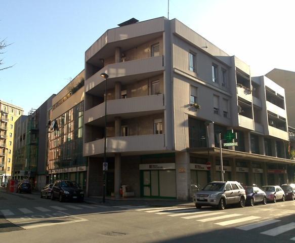 Negozio / Locale in affitto a Sesto San Giovanni, 4 locali, prezzo € 5.800 | PortaleAgenzieImmobiliari.it