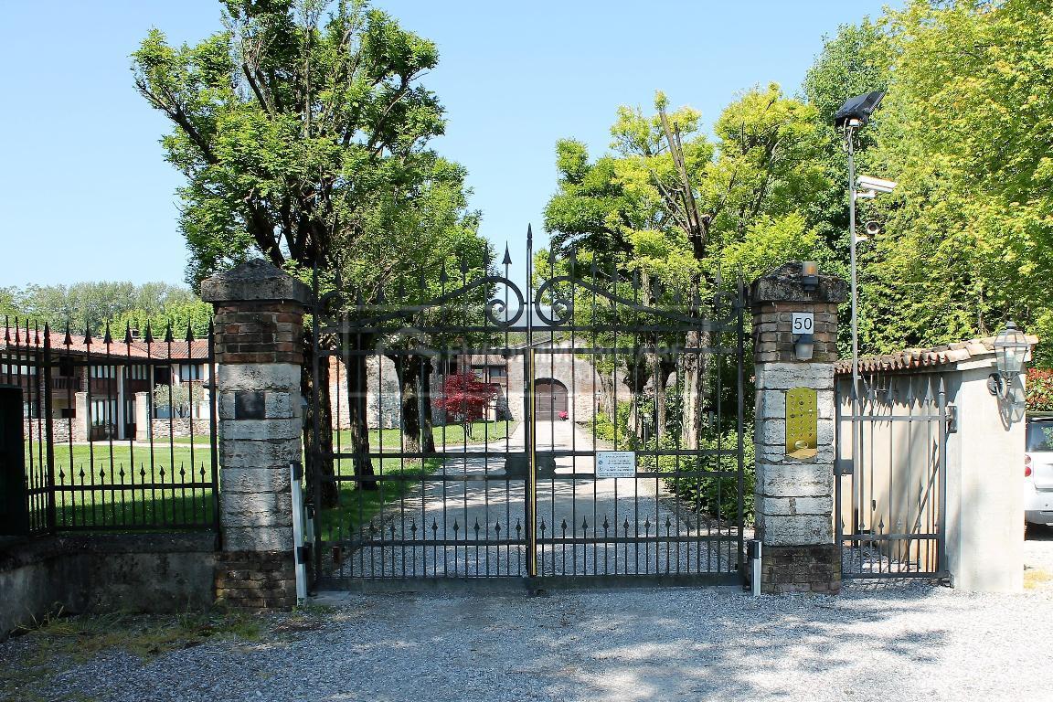 Appartamento in vendita a Bedizzole, 6 locali, prezzo € 295.000 | CambioCasa.it