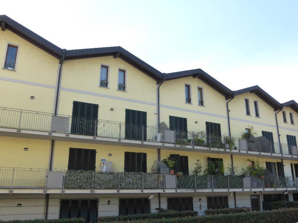 Appartamento in vendita a Meda, 3 locali, zona Località: Centro - Stazione, prezzo € 144.000 | CambioCasa.it