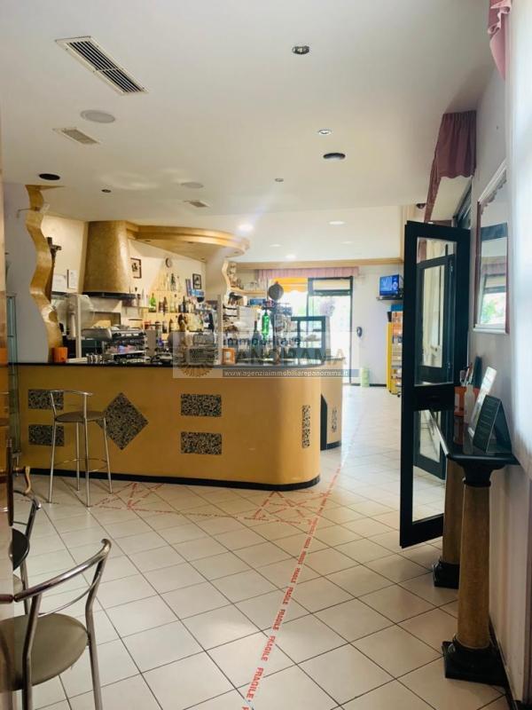 Rif. ATV210 Vendesi attività di Bar Tabacchi a San Benedetto del Tronto
