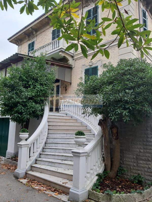 Rif. ACV121 Villa in vendita a San Benedetto del Tronto