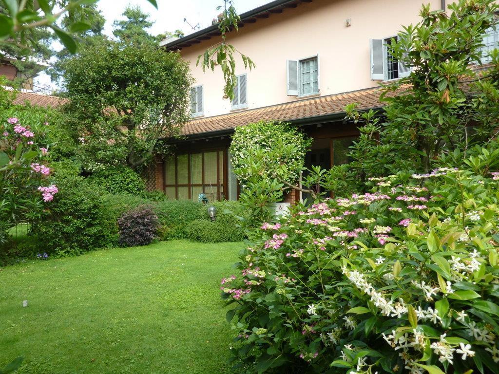 Villa a Schiera in Vendita a Monza