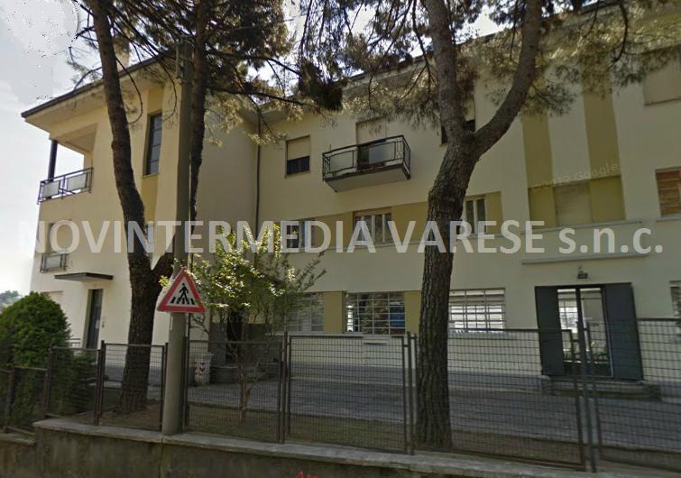 Immobile Commerciale in vendita a Varese, 10 locali, prezzo € 565.000 | PortaleAgenzieImmobiliari.it