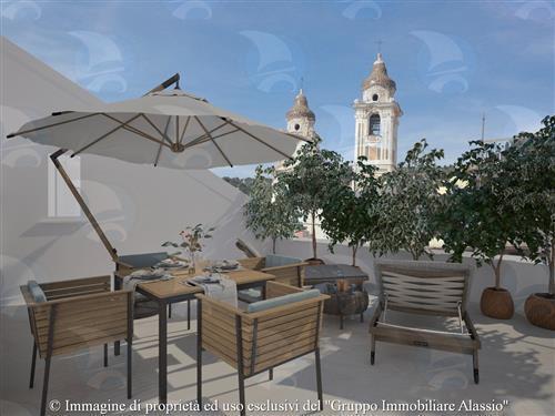 Esclusivo appartamento vista mare con due terrazzi attrezzati