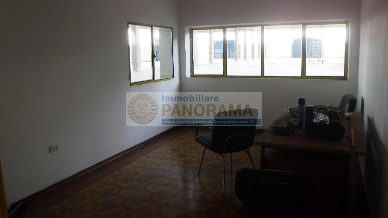 Rif. LC013 Capannone in affitto a Monsampolo del Tronto