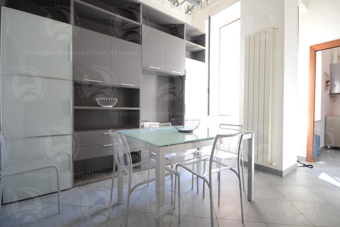 Alassio, Corso Dante trilocale in affitto turistico