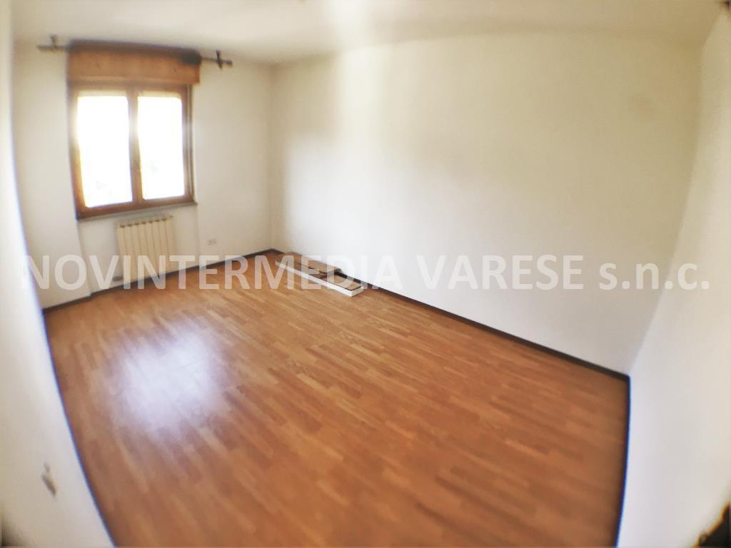 Appartamento in Vendita a Caravate